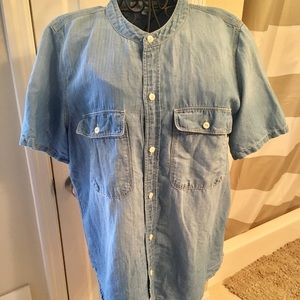 Madewell Short Sleeve Chambray Button Down Large